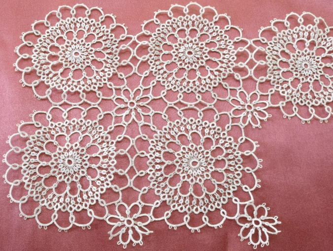 Ann's Tatted Altar Lace: a new work in progress