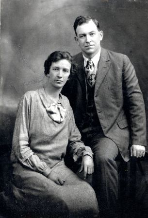 Lillie and Alma Robison