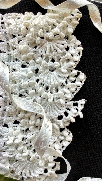 Grandma Lillie's Bonnet, roll stitch lace edge